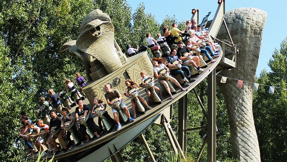 Chessington World of Adventure Guide to Theme Parks and Funfairs in and Near London Clink Hostels