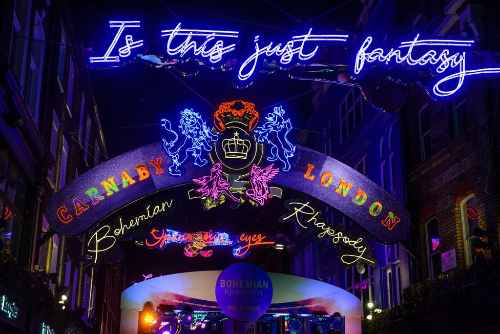 Carnaby Street How to Spend Christmas in London Clink Hostels