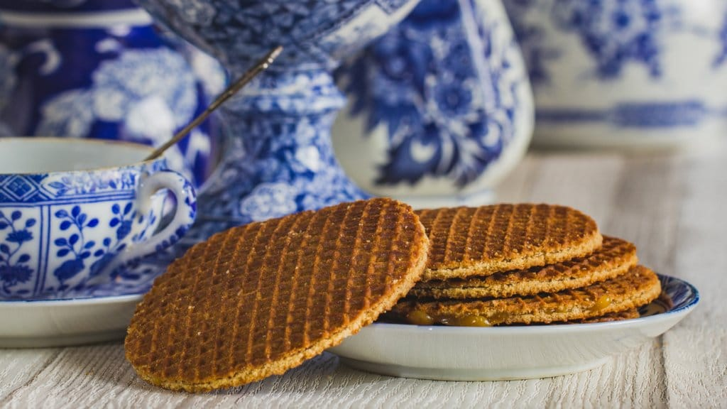 Stroopwafel | 8 Mother's Day Gifts from Amsterdam | Clink Hostels